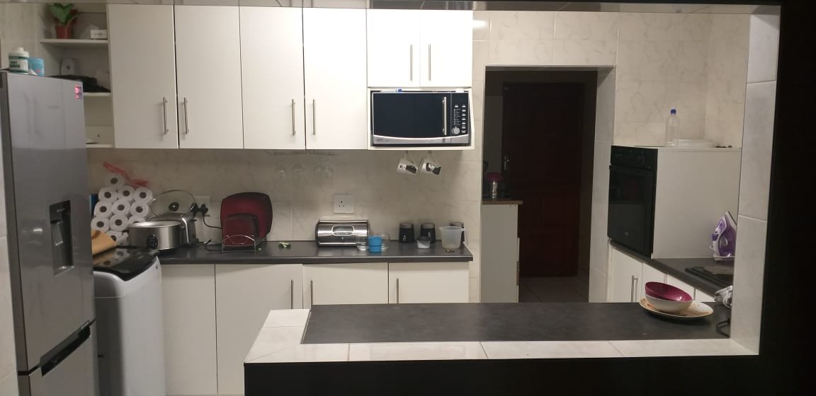 1 Bedroom House for sale in Holland Park