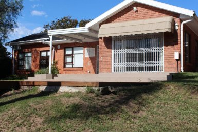 2 Bedroom House for sale in Walmer Heights