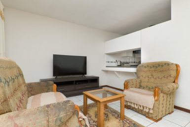 2 Bedroom Flat/Apartment For Sale in Algoa Park